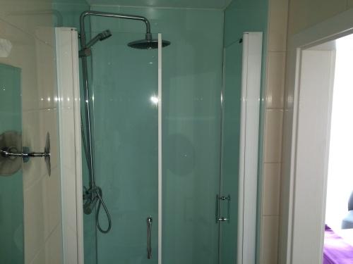 Doppelzimmer-Exklusiv-Ensuite Dusche-Parkblick - Standardpreis