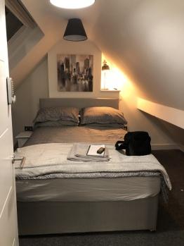Double room-Budget-Shared Bathroom-Evergreen Room