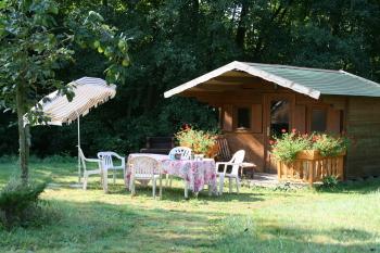 Le jardin, espace détente, barbecue ...