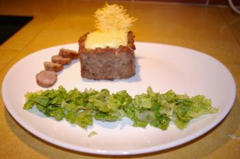 A la table d'hôtes : un classique du sud-ouest, l'aligot-saucisse mais avec un peu de travail sur la présentation
