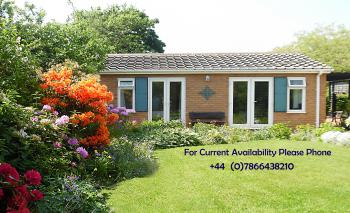 The Villa Holiday Cottage Apartment Neston Wirral Cheshire - Vie From Garden