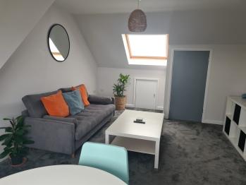 Kerensa Mor Apartments - Living room