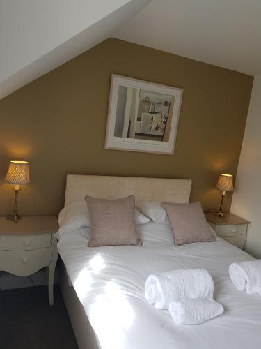 Double - Ensuite - Continental Breakfast Incl.