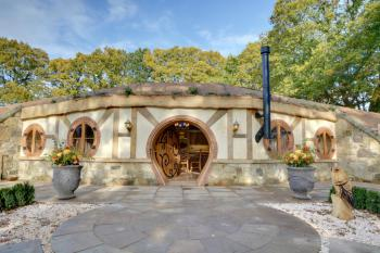 Hobbit House - View from outside