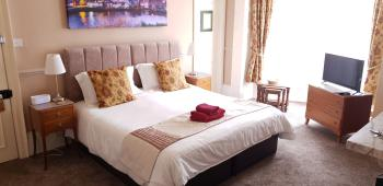 Pannett House  Guest Accommodation - Superking Room En Suite