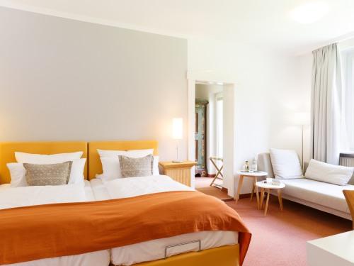 Doppelzimmer-Superior-Ensuite Dusche-Gartenblick-25 m2