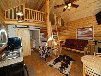 Apartment-Ensuite-Standard-North Cabin