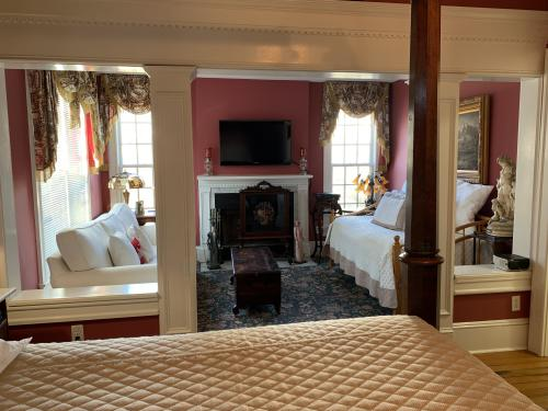 Family room-Ensuite-Suite-Garden View - Base Rate