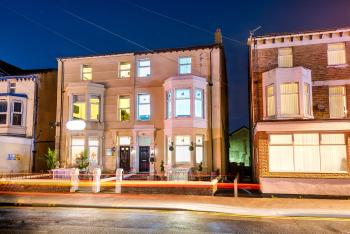 Velvet Coaster Apartments -