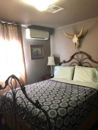 Quad room-Ensuite-Superior-Cowboy Two-Bedroom.
