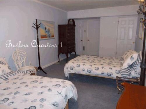 Butler's Quarters Suite A-1