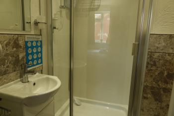 Twin/king size En-suite Bathroom