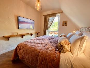 Schlafzimmer mit eigenem Gästebad