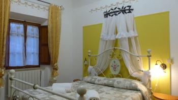 Matrimoniale-Superiore-Bagno in camera con doccia-Vista città-Giardino - Tariffa base