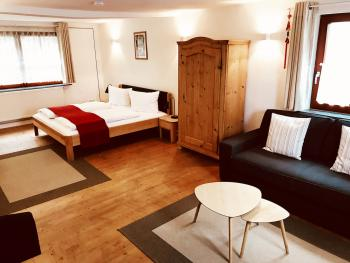 Suite-Eigenes Badezimmer-Gartenblick