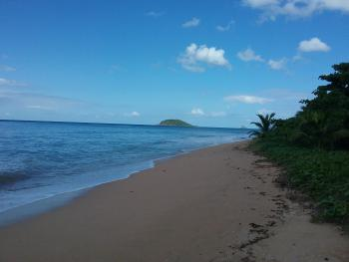 Katalo, plage Rifflet vue sur Ilet KAwane