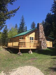 Cabin-Classic-Ensuite with Shower-Woodland view-Secluded 1 queen bed
