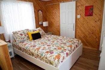 Loon bedroom.