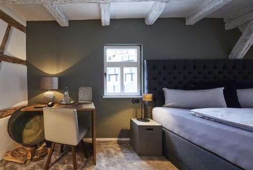 Doppelzimmer-Komfort-Eigenes Badezimmer-Stadtblick - Standardpreis