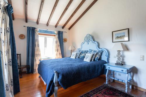 Alentejano Room-King-Elite-Ensuite with Bath-Countryside view