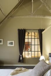 Chambre à tir avec lit double 180x200 ou 2 lits simples et, si besoin petit lit d'appoint