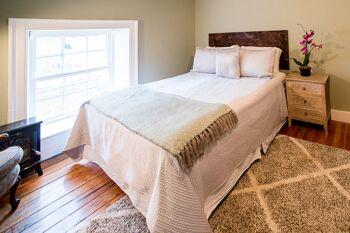 Quad room-Private Bathroom-Shenandoah - Base Rate