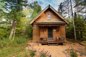 Brickyard Cottage 41-Cottage-Private Bathroom-Woodland view