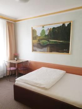 Einzelzimmer-Klassisch-Eigenes Badezimmer - Einzelzimmer-Komfort-Ensuite