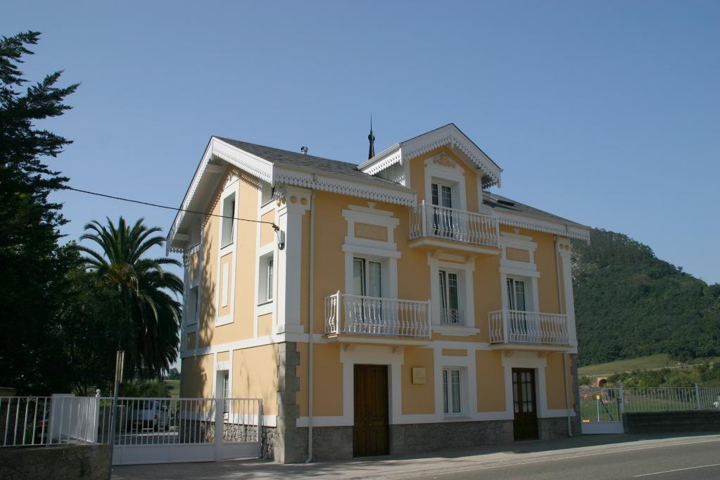 Vista exterior Apartamentos Villa Fresnedo apartamentos cerca de Cabárceno