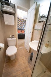 Room 3 En-suite Bathroom