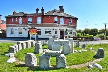 Stonehenge Inn & Shepherds Huts - Our Very own Mini stonehenge - a perfect replica
