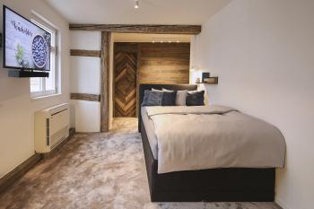Einzelzimmer-Komfort-Eigenes Badezimmer-Stadtblick - Einzelzimmer-Komfort-Eigenes Badezimmer-Stadtblick