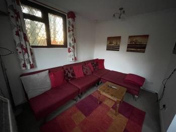 4 unit sofa set can convert to 2 beds