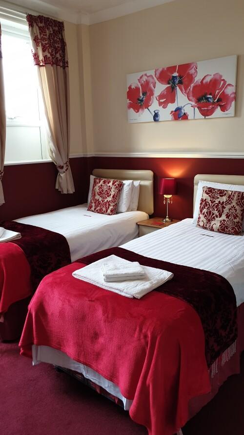 Twin Room | En-Suite | Room 7