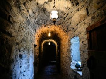The castle hallway, as it was in 1550