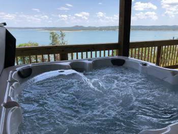 High Bluff  Waterfront Chalet - Hot Tub