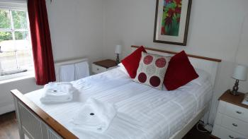 Standard-Double room-Ensuite - Base Rate