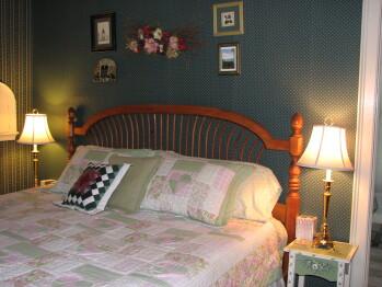 Mynderse Room