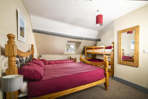 Family room-Ensuite-Mountain View- Sleeps Max 5 - Base Rate