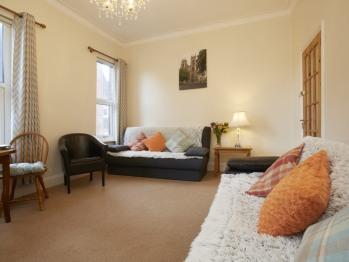 Lounge Flat 2
