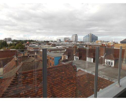 Penthouse-Apartment-Ensuite with Bath-City View - Base Rate