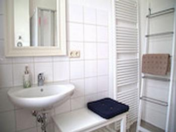 Apartment-Deluxe-Private Bathroom-Terrace