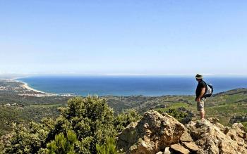 Randonnées dans les montagnes ou côtes méditerranéennes