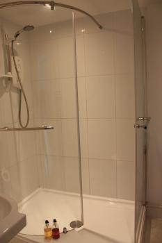 double room ensuite, large shower
