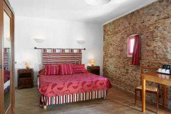 Grand lit confortable 160, chambre Mas Bazan