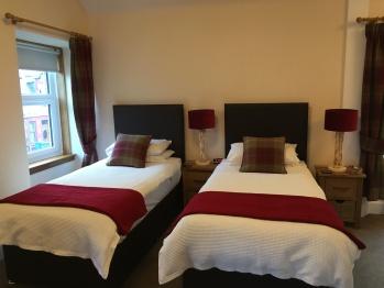 Superior twin en-suite Room2