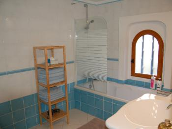 salle de bains gite du Luberon