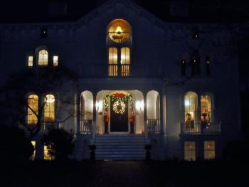 The Mayhurst Manor House at Christmas