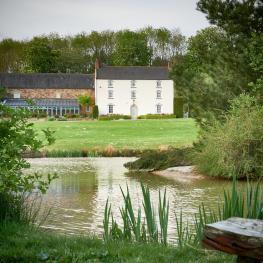 Heron House at Millfields Farm - Heron House across the lake