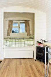Shepherds Hut Double Bed